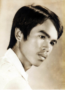 01-Anh Dam 1970