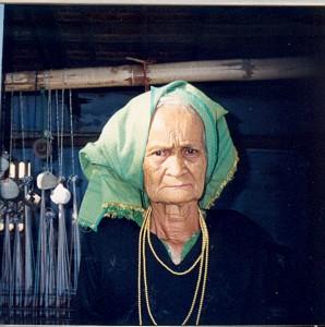 01-Amaik-2004